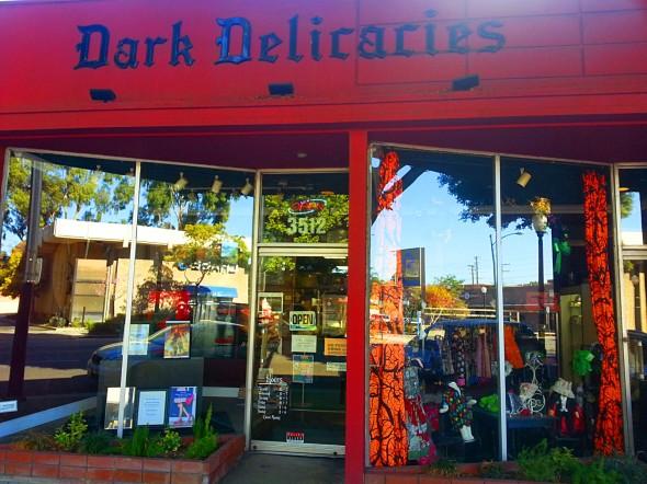 Dark-Delicacies